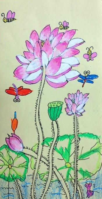 儿童彩笔画作品 荷花与蜻蜓