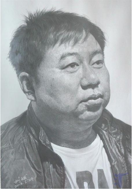 刘斌素描作品:中年男人侧面头像素描