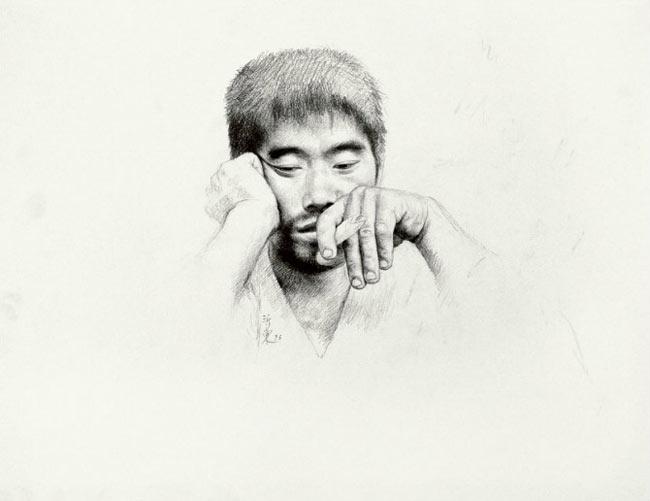 王沂东素描作品:中年男人头像素描
