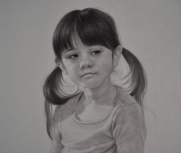 如何画下雨打伞玩的小女孩简笔画?   宽500x500高   显示比例:100%