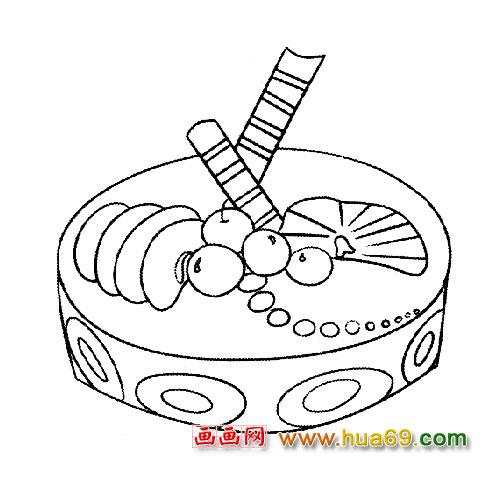 漂亮的大蛋糕简笔画3